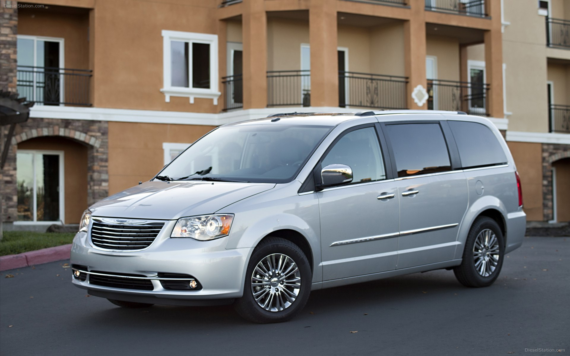 Ремонт Chrysler Town&Country